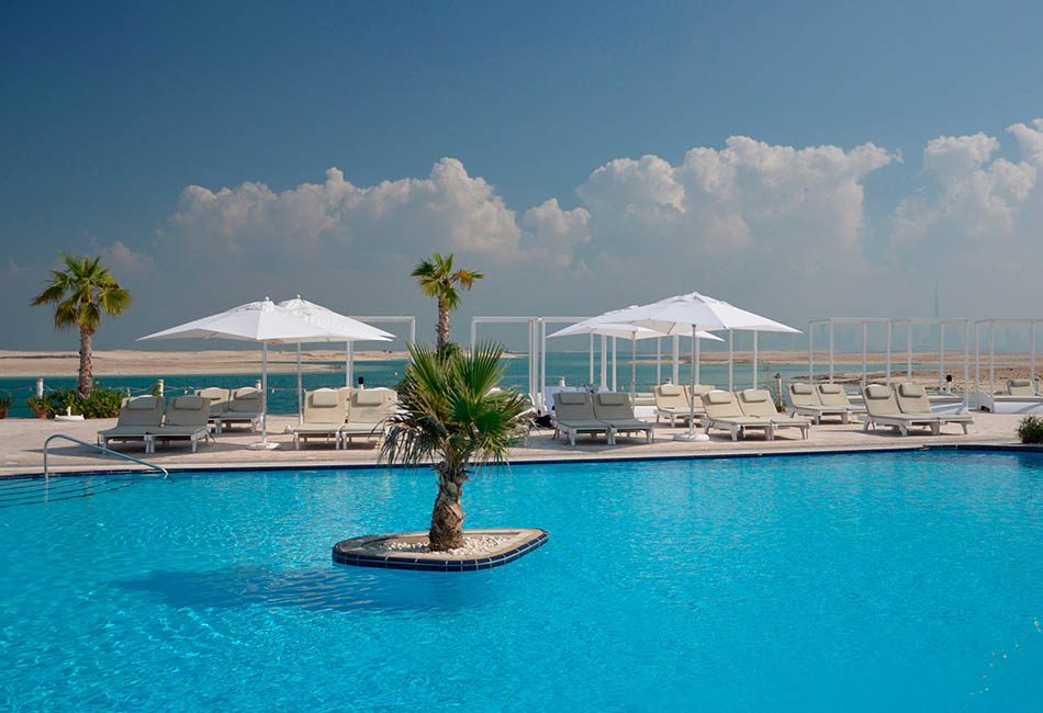 the-island-dubai-swimming-pool